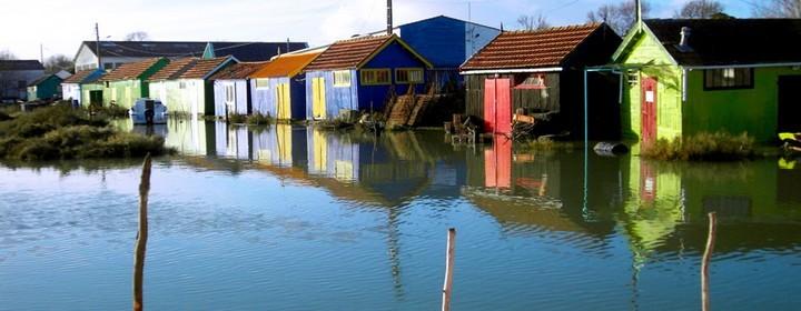 Cabanes de pêcheur chamarrées
