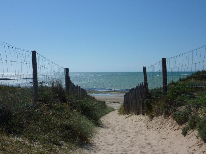 Chemin de la plage
